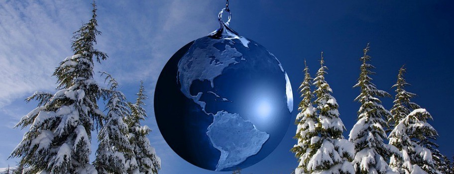 """5 """"Strange"""" Holiday Traditions from Around the World Image"""